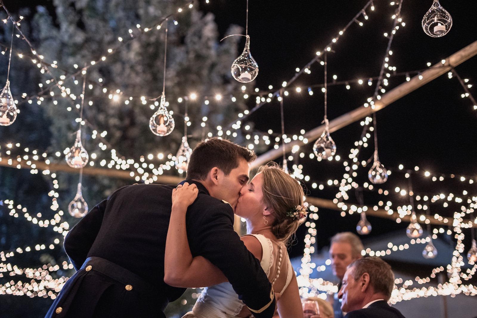 fotografia de boda novios besandose en murcia levante
